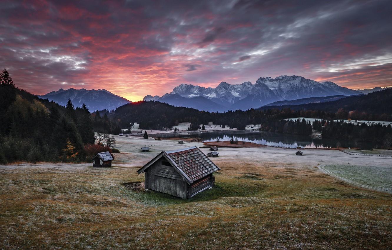 Фото обои горы, дома, утро, долина
