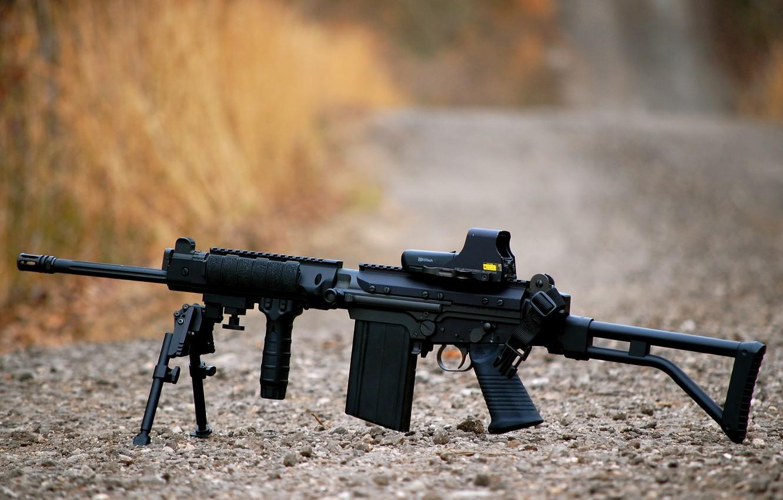 Фото обои автомат, гравий, штурмовая винтовка, сошка, FN FAL