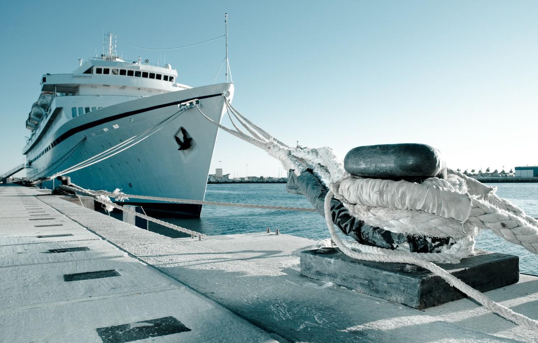 Фото обои небо, корабль, причал, канат, трос