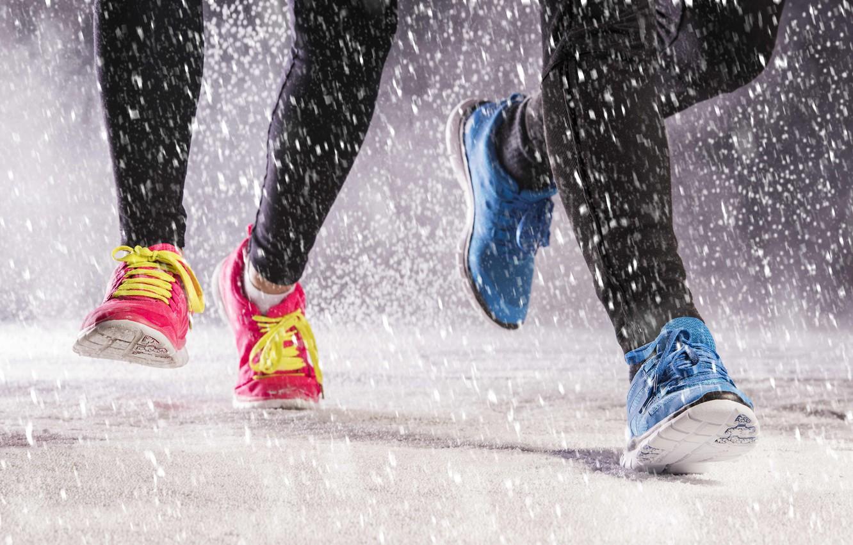 Фото обои rain, shoes, running, jogging