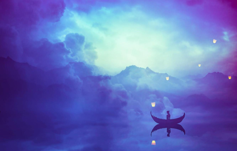 Фото обои небо, облака, озеро, отражение, одиночество, лодка, спокойствие, силуэт, Tranquility, фонарики, Nikita Gill