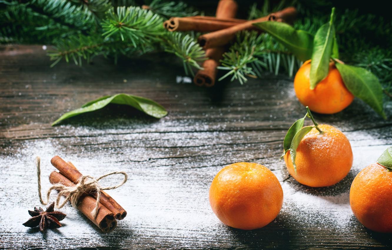 Фото обои ветки, праздник, доски, новый год, ель, ёлка, корица, хвоя, мандарины, бадьян