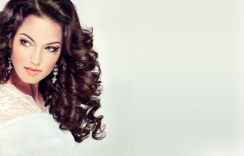 Фото обои лицо, стиль, фон, модель, волосы, Девушка, серьги, причёска, fashion, beauty, make up