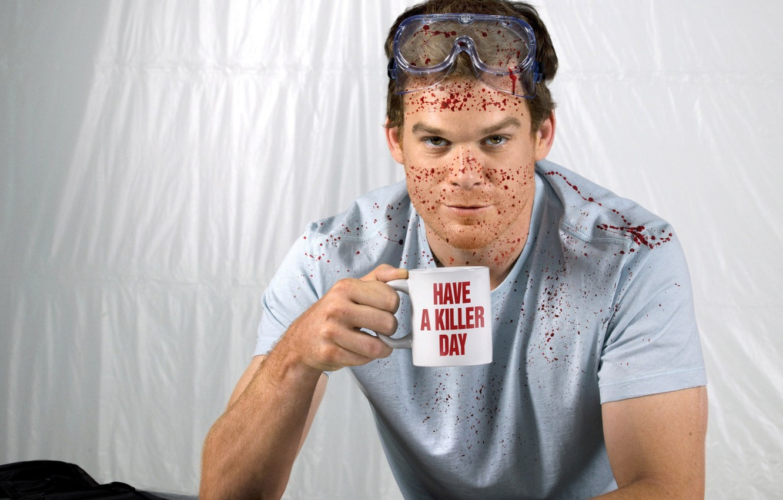 Фото обои брызги, кровь, чашка, актер, маньяк, Dexter, сериал, убийца, декстер, season 6, Майкл С. Холл, Michael …