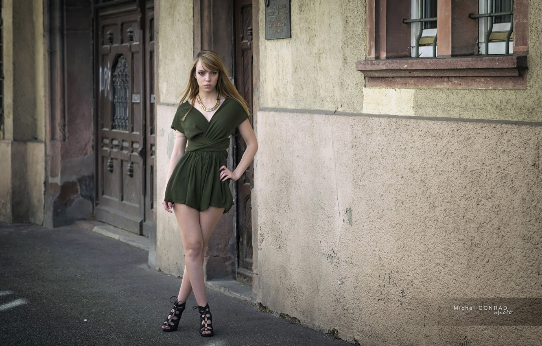 Фото обои взгляд, девушка, улица