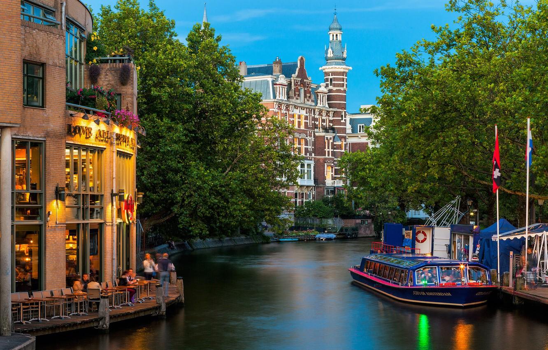Фото обои деревья, природа, город, река, люди, здания, Амстердам, канал, кафе, трамвай, Нидерланды, архитектура, Amsterdam, Nederland, речной
