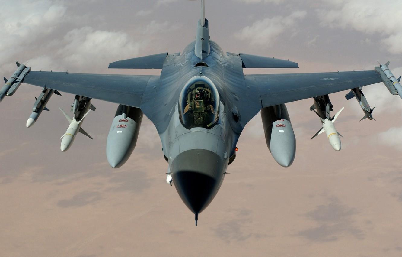 Фото обои обои, Истребитель, ракеты, пилот, США, самолёт, бомбы, Fighting, ВВС, F-16, Falcon, многоцелевой, Сражающийся сокол