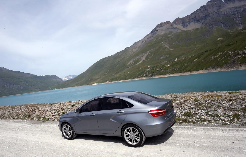 Фото обои вода, горы, автомобиль, седан, серебристая, Lada, Лада, Vesta, Веста