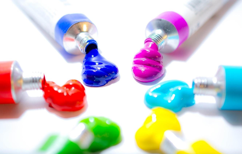 Фото обои цвета, макро, синий, желтый, красный, зеленый, розовый, голубой, краски, светлый фон, тюбики