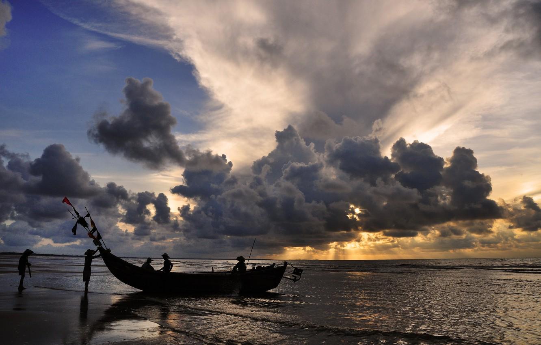 Лодка, которая плавает по небу