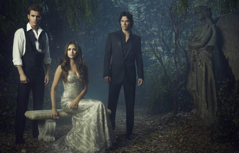 Фото обои статуя, сериал, Nina Dobrev, Нина Добрев, актеры, The Vampire Diaries, дневники вампира, Ian Somerhalder, стефан, …