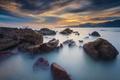 Картинка море, вечер, облака, небо, скалы, камни