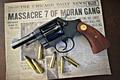 Картинка оружие, револьвер, кольт, патроны, газета