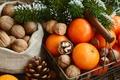 Картинка Праздник, Новый год, Еда, Ветки, Орехи, Мандарины, Шишки