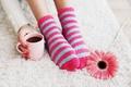 Картинка цветок, ноги, кофе, чашка, носки, cup, coffee, socks