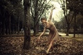 Картинка осень, девушка, танец