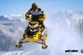 Картинка снег, жёлтый, прыжок, спорт, sport, snow, снегоход, snowmobile, ski-doo, mxz, brp, skidoo, xrs, rotax
