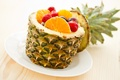 Картинка fruit salad, фруктовый салат, grapes, земляника, десерт, dessert, strawberries, pineapple, ананас, виноград, клубника