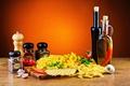 Картинка масло, перец, помидоры, специи, макароны, pepper, tomato, Spices, pasta, Vegetables