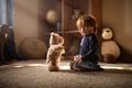 Картинка мальчик, мишка, разговор