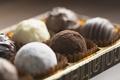 Картинка фокус, cream, food, коробка, десерт, dessert, сладкое, focus, box, крем, 1920x1200, cocoa, макро, candies, macro, ...