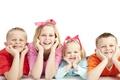 Картинка дети, поза, улыбка, ребенок, позитив, зубы, мальчик, семья, девочка, бант, ленточка, ребята, мимика, локти, малышня, ...