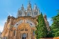 Картинка Барселона, деревья, небо, Испания, церковь