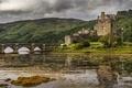 Картинка лес, горы, тучи, мост, озеро, замок, Шотландия, островок, Eilean Donan Castle, Loch Duich, Эйлен Донан