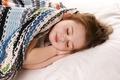 Картинка девочка, ребёнок, отдых, сон, покрывало