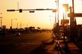 Картинка вечер, городок, usa, дорога, америка, закат