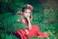 Картинка девочка, взгляд, цветы, природа