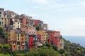 Картинка Италия, склон, Corniglia, дома, побережье, море, небо, горизонт