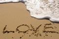 Картинка море, волна, love, надпись, пляж, пена, песок