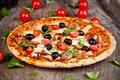 Картинка помидоры, листочки, блюдо, пицца, сыр, еда, маслины, грибы