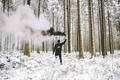 Картинка дым, мужчина, черный, снег, зима, лес