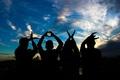 Картинка silhouettes, руки, слово, любовь, letters, people, love, hands