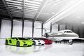 Картинка Lamborghini, Самолет, Red, Ангар, Green, White, LP700-4, Aventador, Supercars, Flag, Суперкары, Italian, Plane