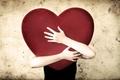 Картинка руки, сердце, объятие, настроение, человек