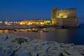 Картинка ночь, огни, Италия, крепость, Неаполь, Кастель-дель-Ово