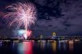 Картинка мост, праздник, фейерверк, ночной город, Япония, салют, огни, столица, ночь, Токио, река