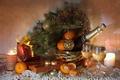 Картинка подарок, елка, свечи, бокалы, конфеты, шампанское, мандарины