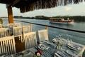 Картинка restaurant on the water, ресторан, лодка, река