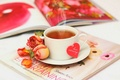 Картинка цветы, flowers, сердце, drink, love, table, cup, чай, petals, чашка, любовь, розы, лепестки, журнал, roses, ...