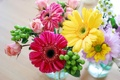 Картинка желтый, розовый, розы, букет, весна, colorful, герберы, Roses, Bouquets, Gerberas