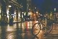 Картинка ночь, велосипед, огни, тень, тротуар